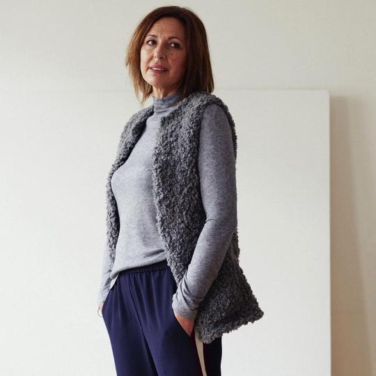 Erika Knight Printed Patterns for Vintage and Fur Wool  25 Kuschelumhang Deutsch Fur Wool