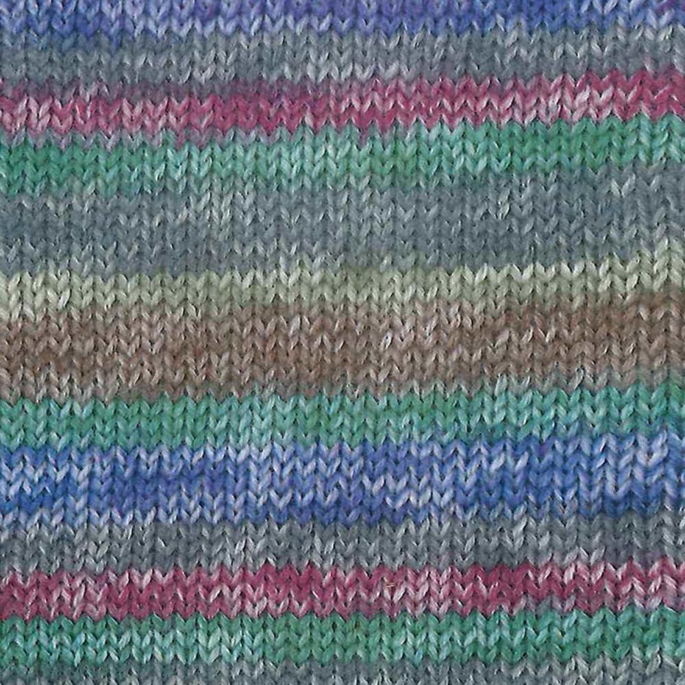 Kremke Soul Wool Edelweiss 4ply 100 On Isar River in the dark