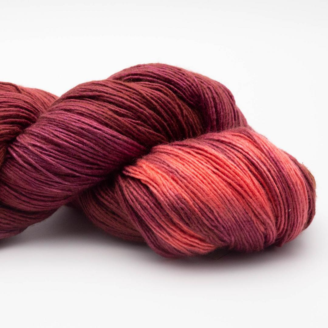 Manos del Uruguay Silk Blend fino handgefärbt (100g) GBrooch411