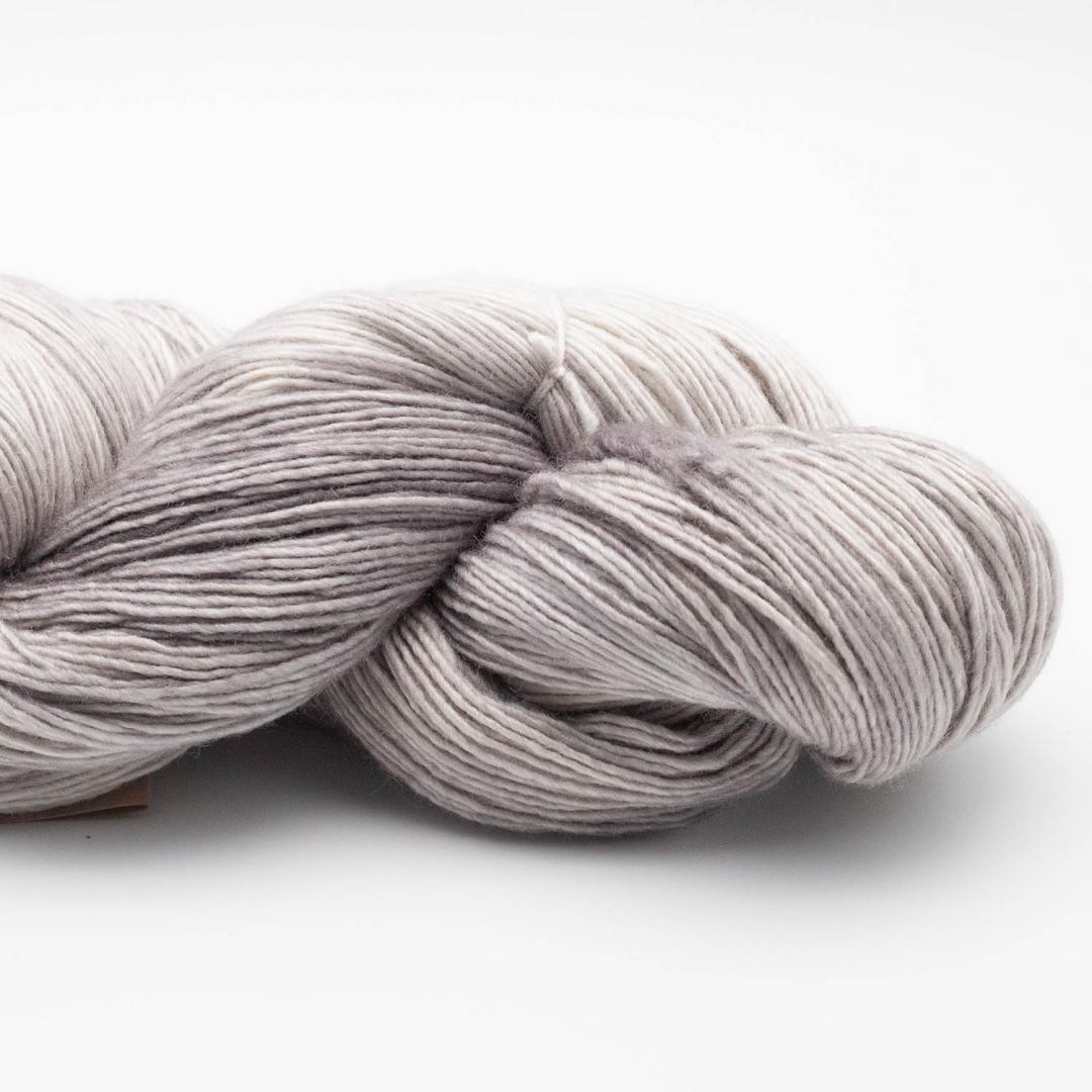 Manos del Uruguay Silk Blend fino handgefärbt (100g) SilverT415