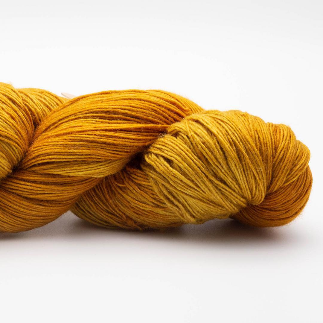 Manos del Uruguay Silk Blend Fino Filigree